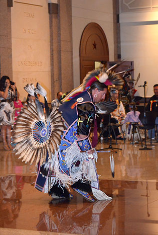 Traditional dance during American Indian Heritage Day 2014
