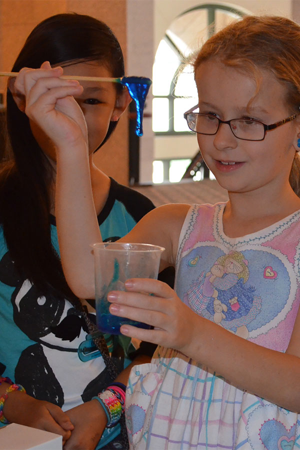 students make slime at science thursday