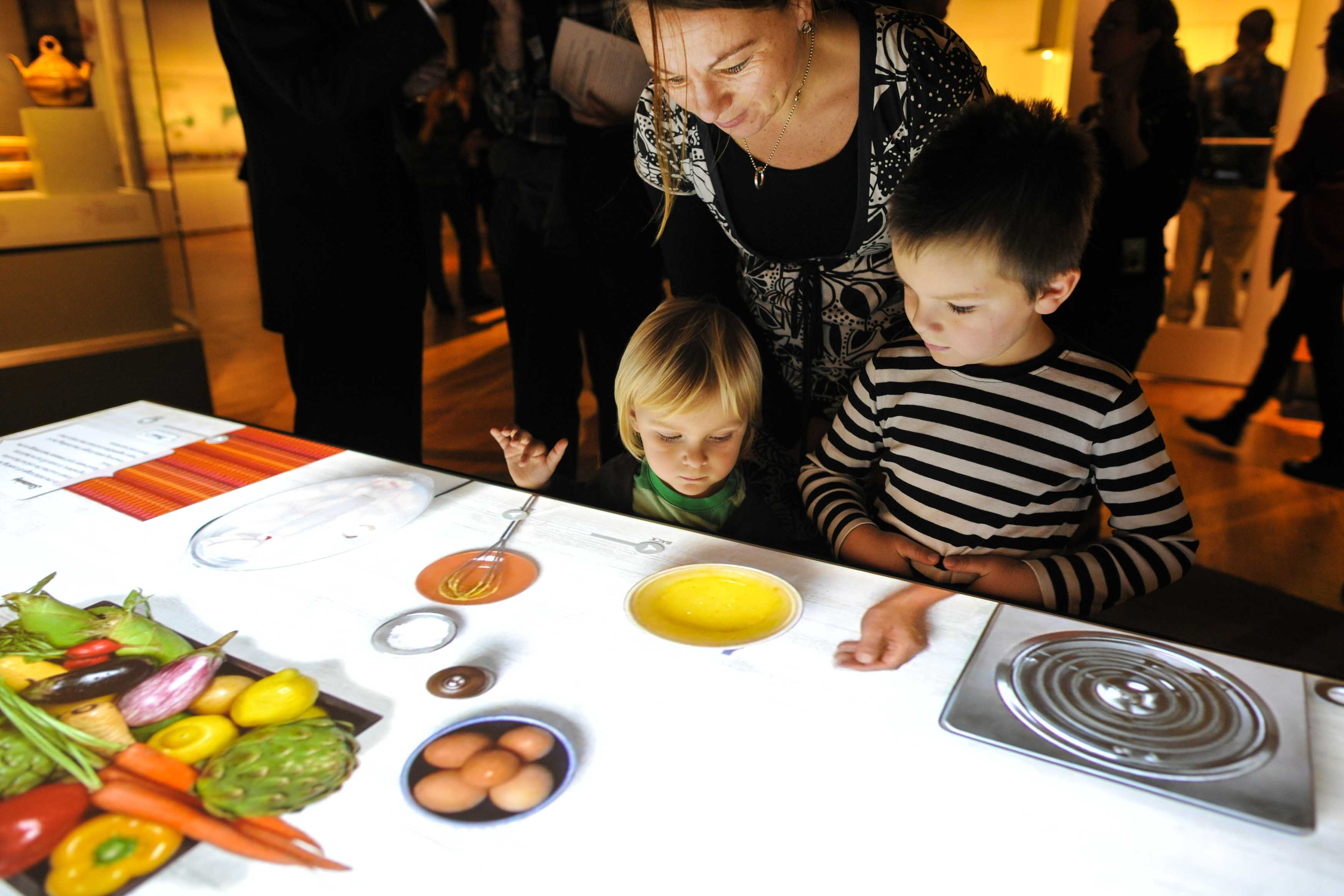 Exhibition offers chance to experience food from farm to fork visitors may take a turn at an interactive cooking table to make virtual dishes freerunsca Images