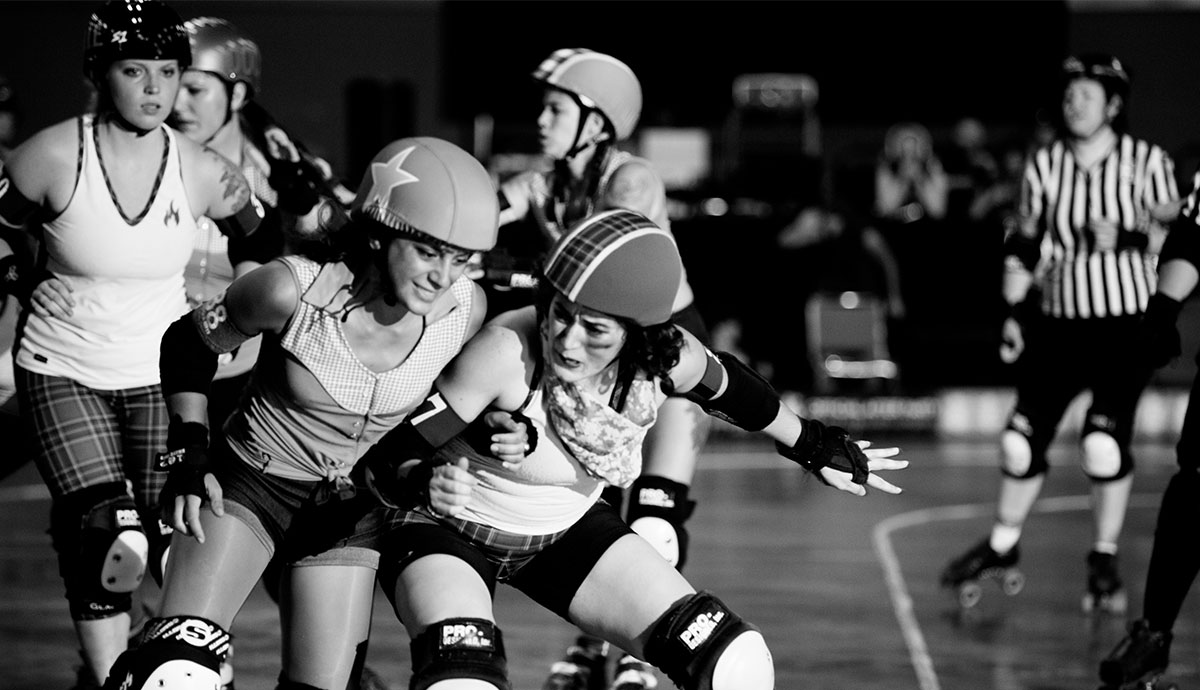 Roller skating derby - Previousnext