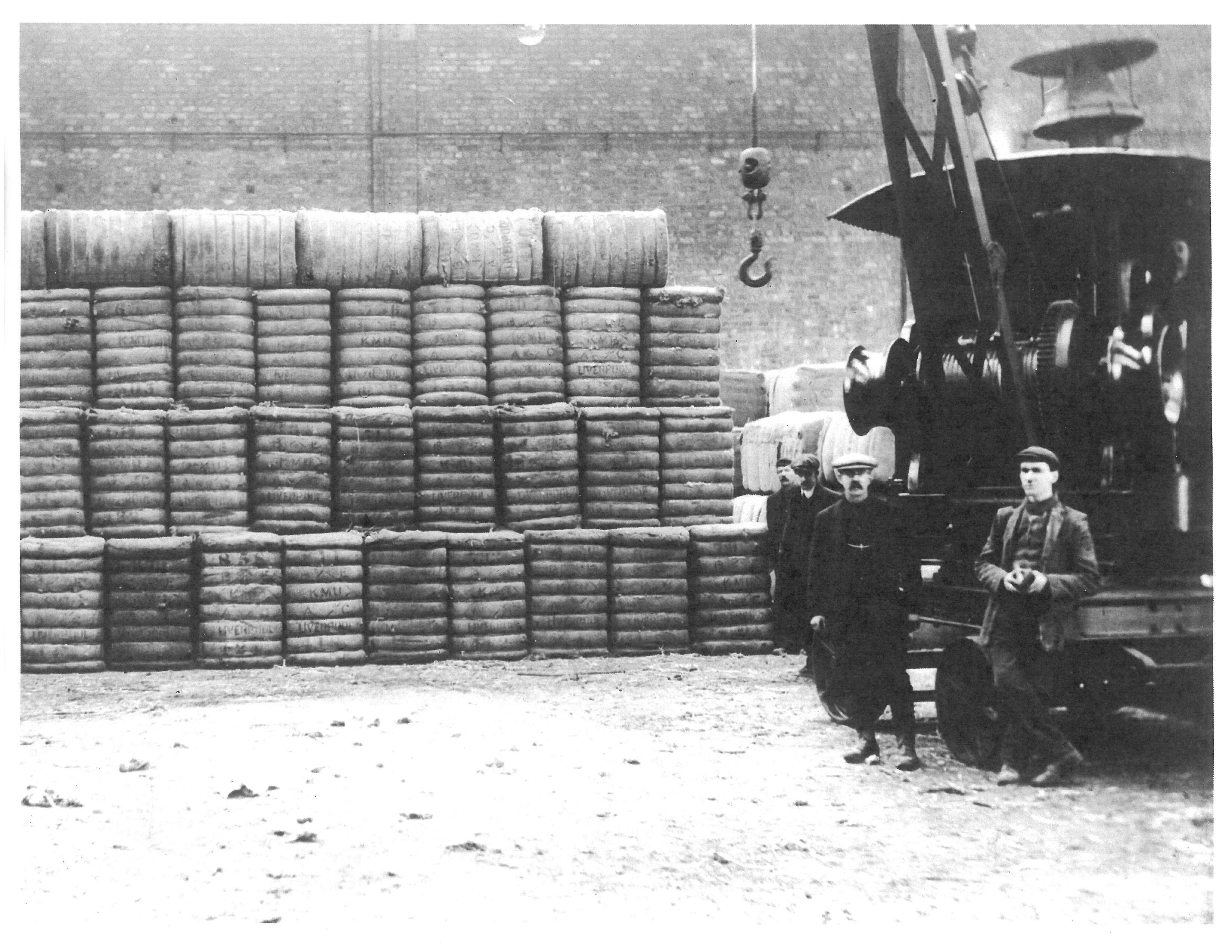1913 photo of compressed cotton shipment