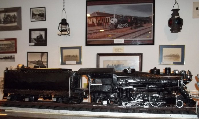Model of the Iron Horse steam engine.