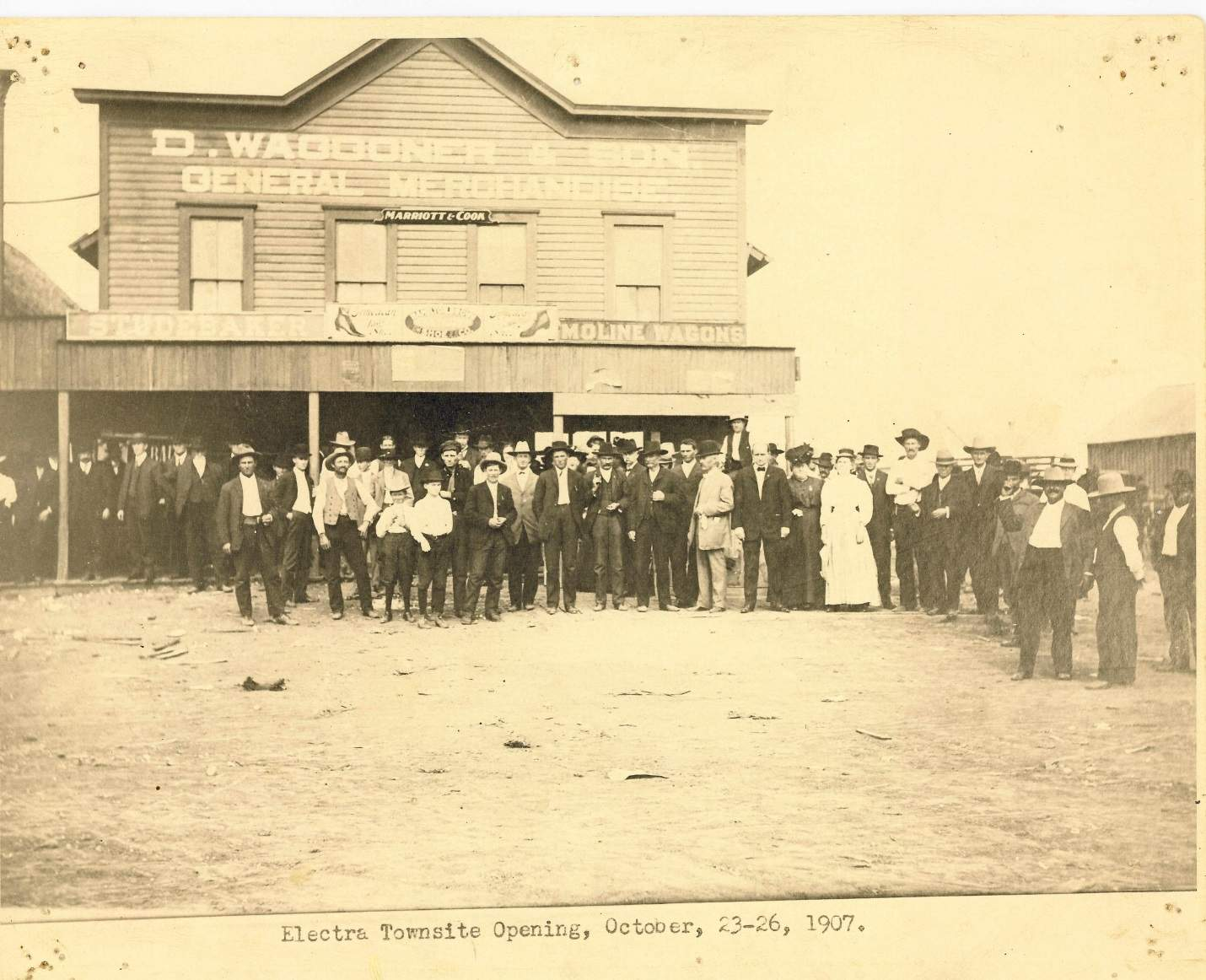Photo of the Electra Town Site Opening in 1907